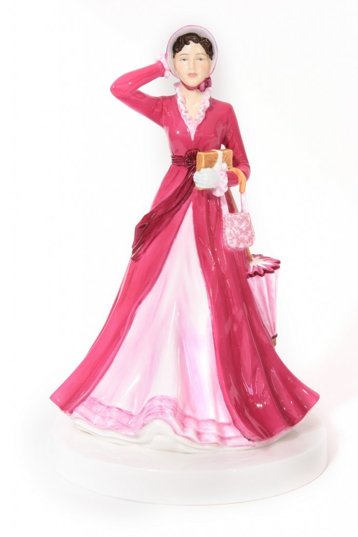 "Royal Doulton Figurine Mrs Doulton  HN5743, H. 9.5"","