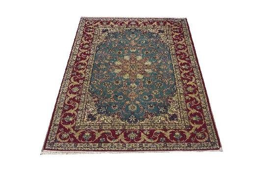 """Persian Rug Isfahan Hand Knotted 7'4"""" X 5'1"""""""
