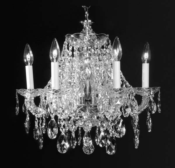 4 Light clear crystal metal in chrome Chandelier