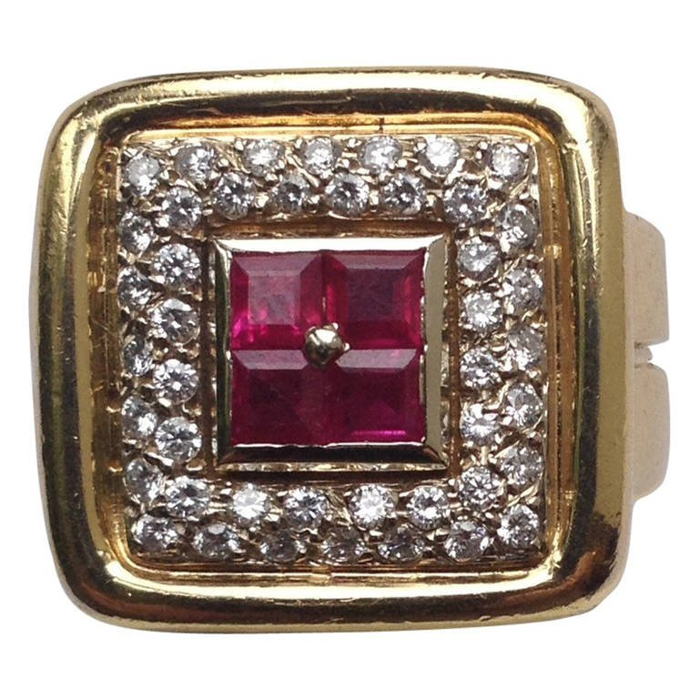 1960s unisex Custom Cut Elegant Ruby Diamond Gold Ring