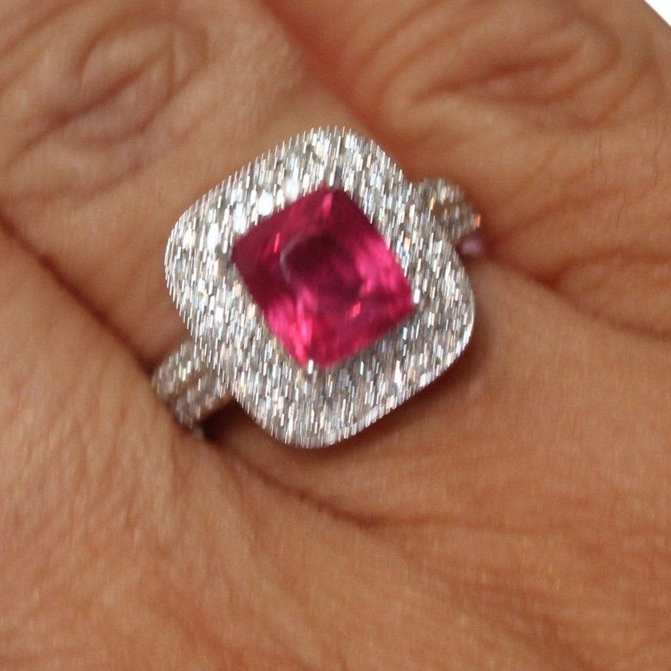 4.5 CT GIA CERTIFIED ESTATE UNHEATED (No Heat) RUBY