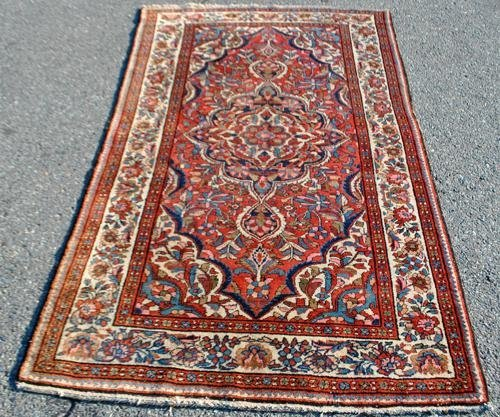 FINELY DETAILED HAND WOVEN SEMI ANTIQUE PERSIAN LILIAN