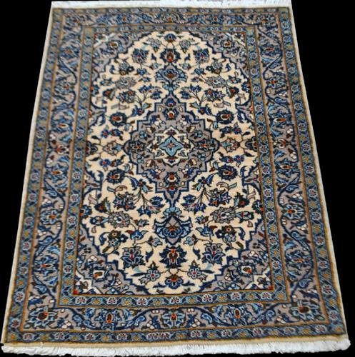 SIMPLY BEAUTIFUL DEEPLY DETAILED SMALL SIZE KASHAN