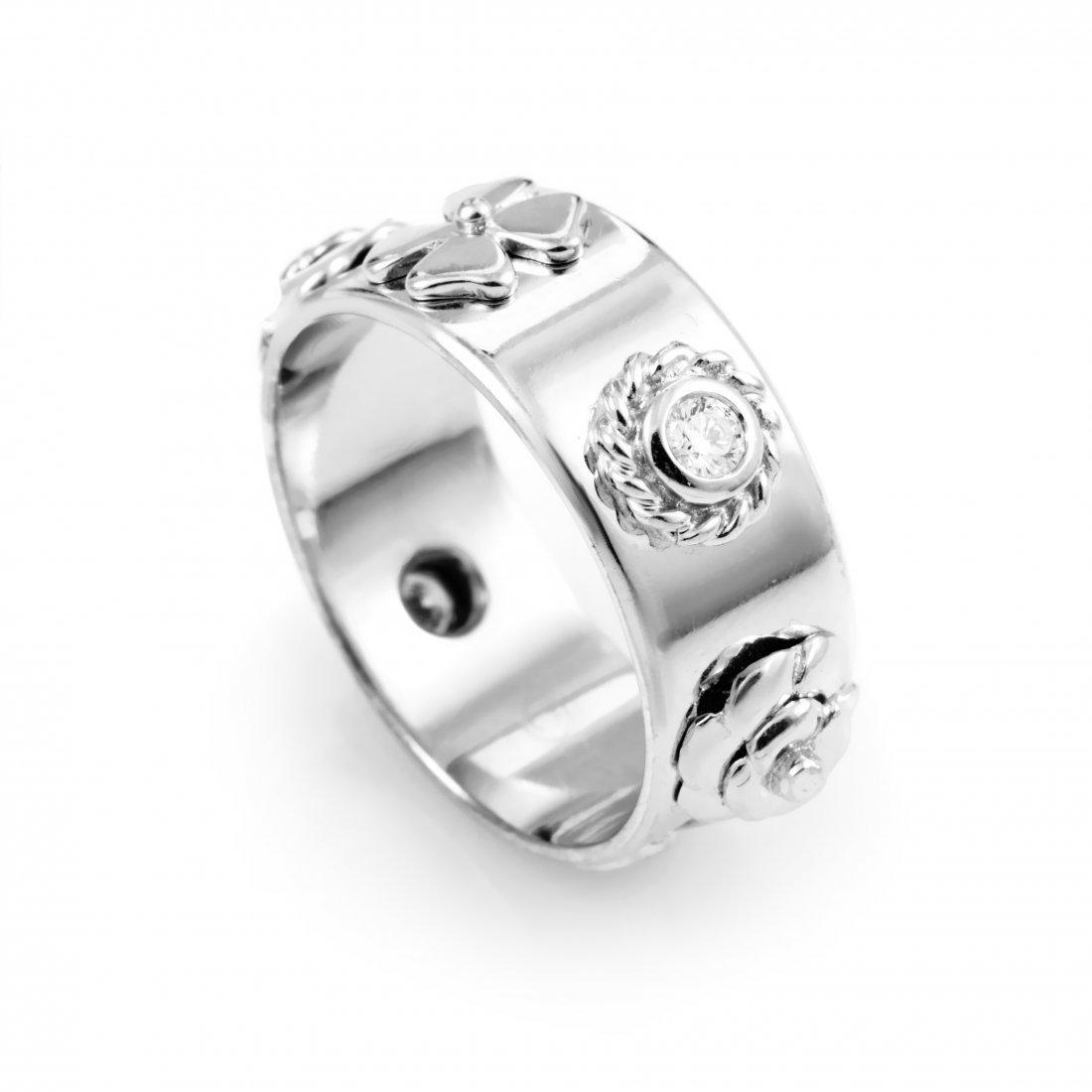 Chanel: Chanel Camélia 18K White Gold Diamond Band Ring