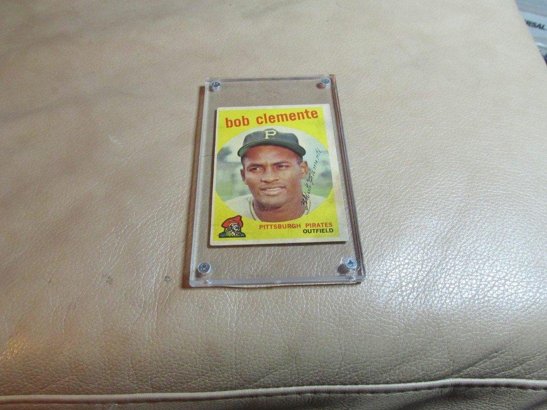 1959 Roberto Clemente Baseball card