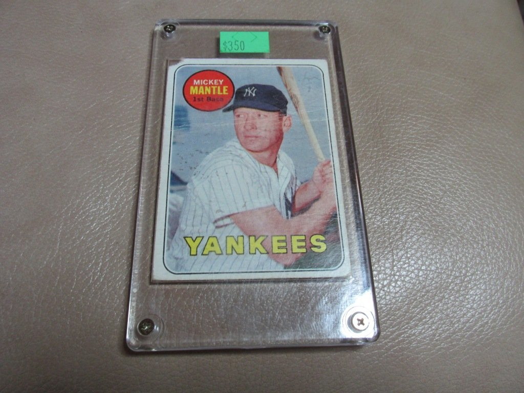 1959 Mickey Mantle Baseball card