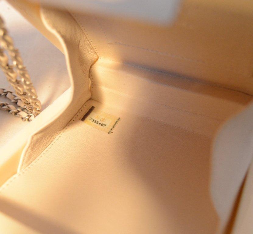 RARE Chanel Cream Resin Box Clutch Wristlet - 7