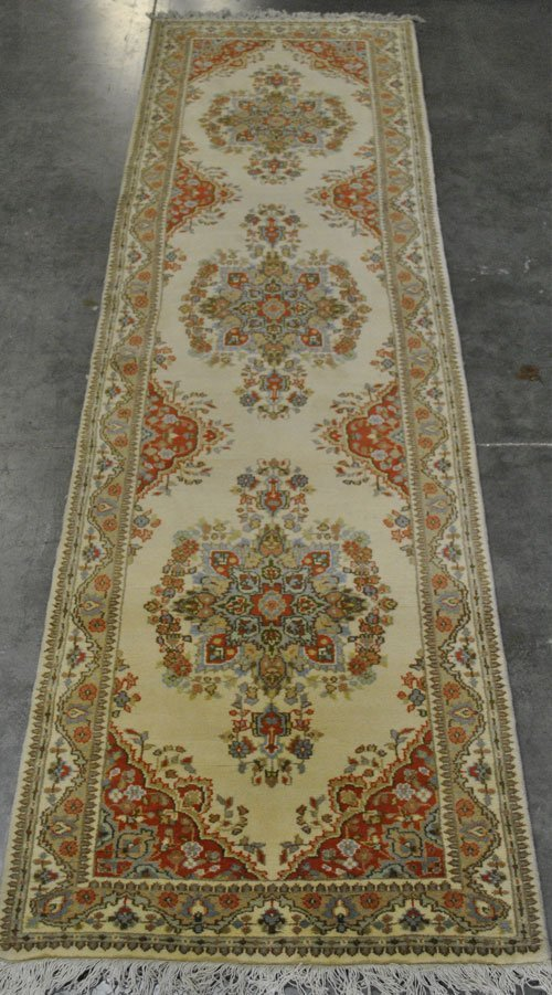 VERY COLLECTIBLE ARDABIL DESIGN RUNNER, 3.1 X 10.11