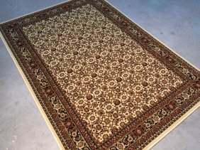 4'x6' Superb Quality Classic Rug In Traditional Persian
