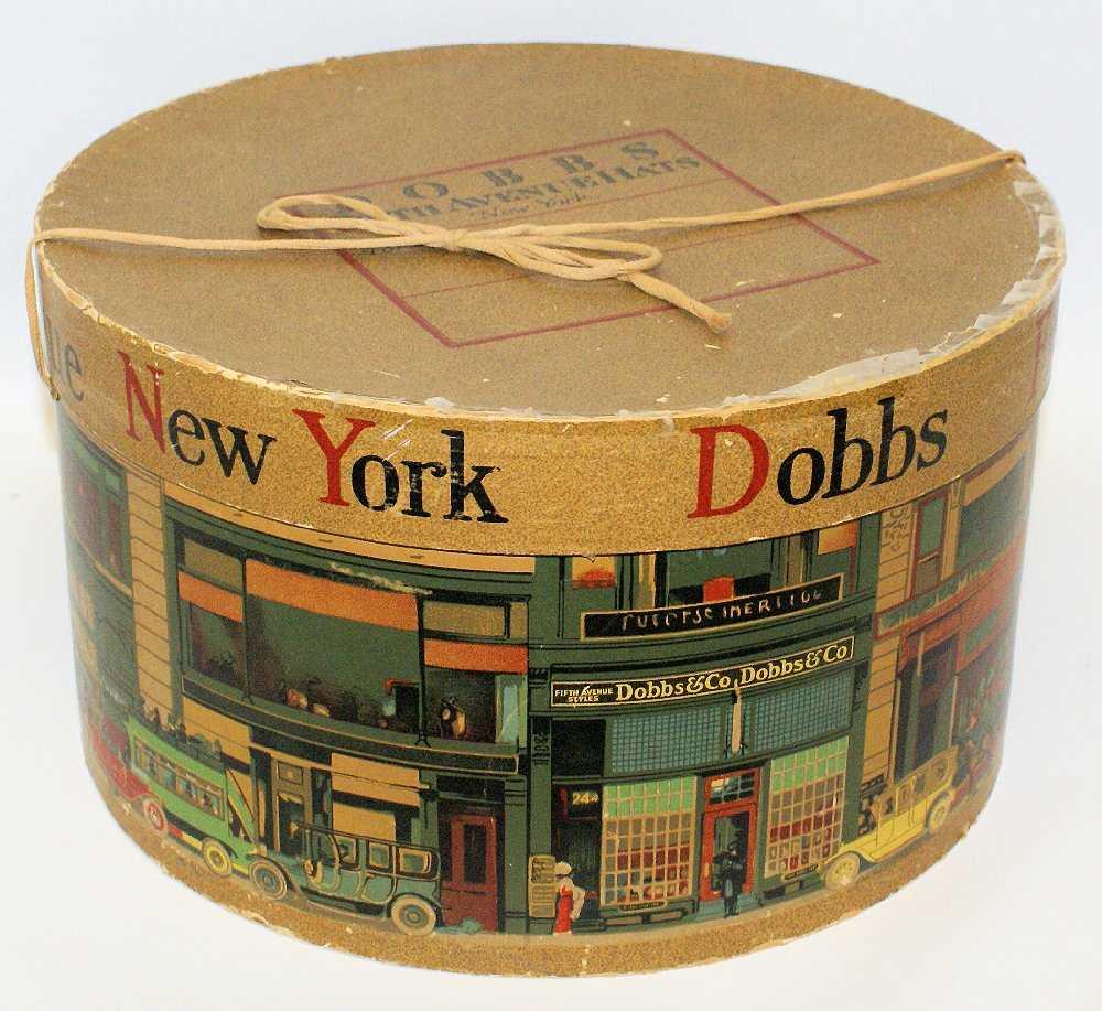 7a6f1472cd289 RARE Vintage New York DOBBS FIFTH AVENUE Hat Box