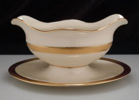 Lenox China Lowell Gravy Boat W/ Attached Underplate