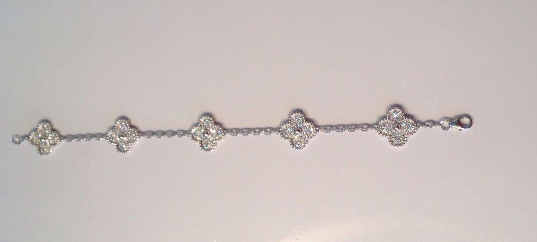Van Cleef & Arpels:18K Gold Alhambra Bracelet - 2