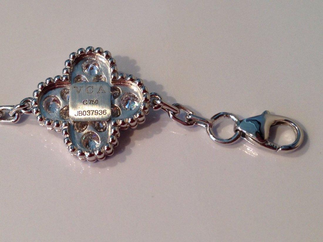 Van Cleef & Arpels:18K Gold Alhambra Bracelet - 4