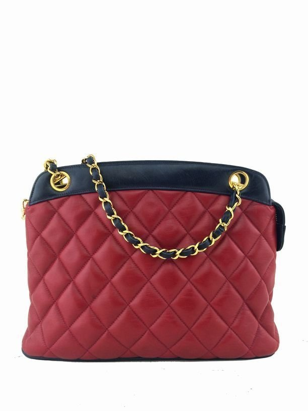 Chanel: Vintage Lambskin Shoulder Bag, Red