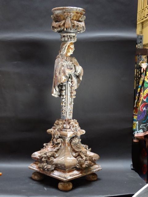 17th Century Baroque Carved and Gilded Wooden