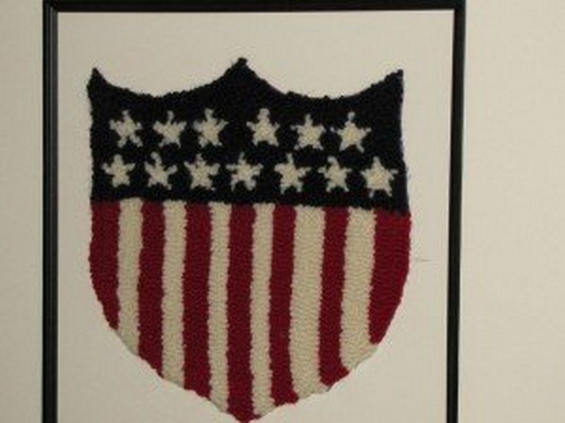 Hooked Rug Federal Shield
