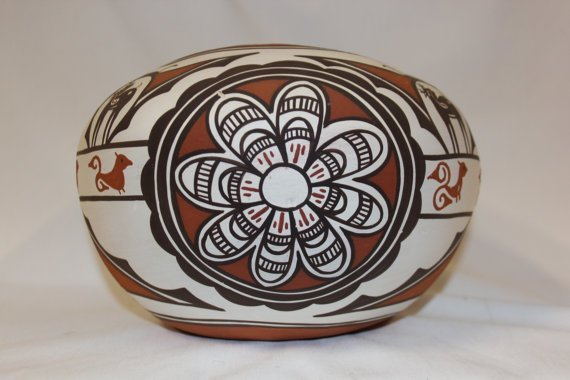 Native American Zuni Pottery Bowl, By Claudine Haloo