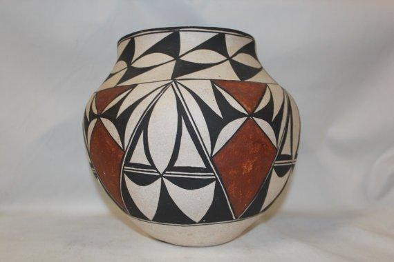 Very Nice Vintage Acoma Polychrome Pottery Olla