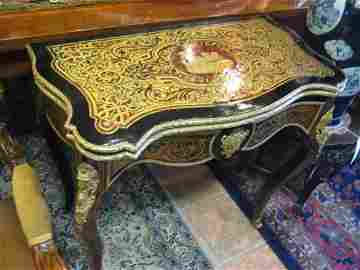 Masterfully Detailed French Inlaid Folded Boulle Card