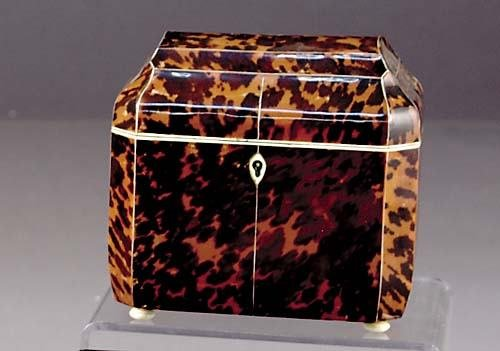4: Victorian inlaid tortoiseshell tea caddy