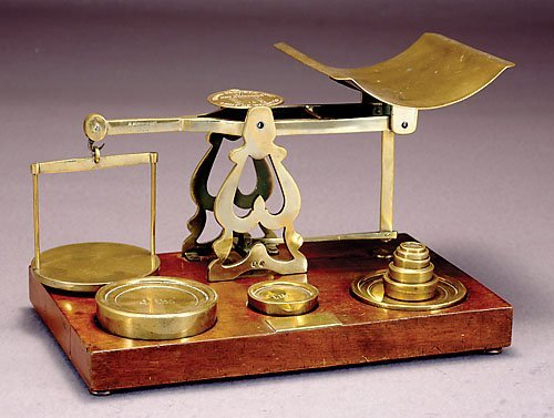 510: English brass postal scale