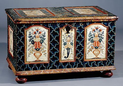 519: Painted pine dower chest