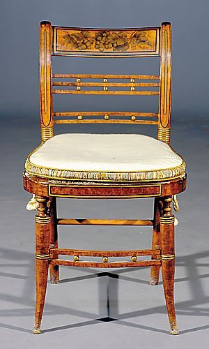520: Federal style painted maple fancy chair