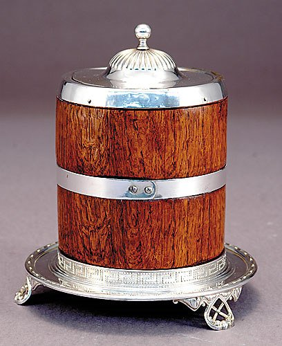 1016: Edwardian silver and oak biscuit box