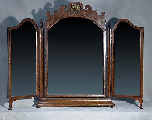 20: Walnut tri-fold shaving mirror