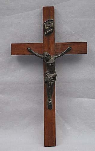 416: Continental bronze and wood crucifix