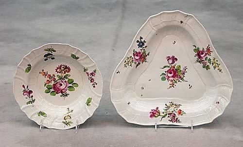 669: Vienna porcelain soup bowls and dish