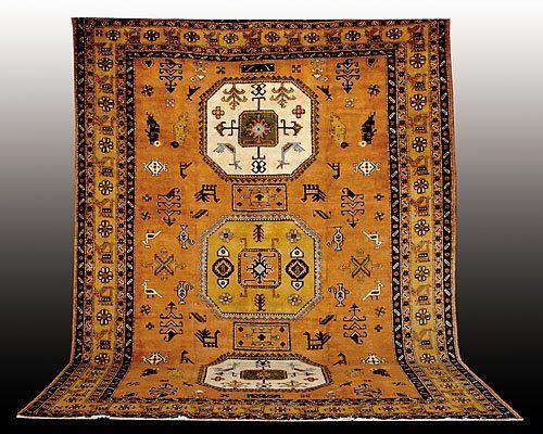 191: Antique Persian Heriz carpet