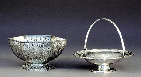 9: Silverplate cake basket and centerbowl (Total 2pcs)