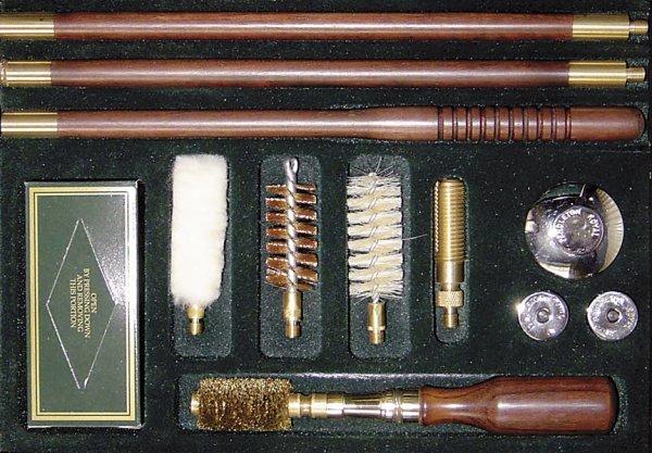 1007A: Pendleton Royal 'Windsor' gun-cleaning set