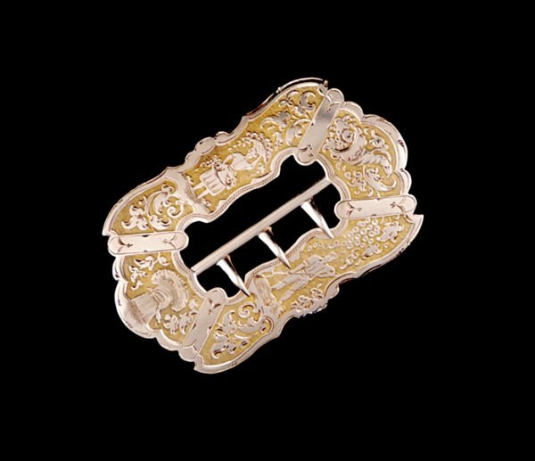 2013: Antique American gold belt buckle