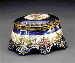 2034: Porcelain and gilt-metal mounted box