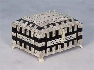 019: Ebony and carved bone dresser box early 20th centu