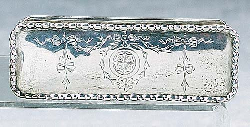 414: English sterling snuff box, Chester circ