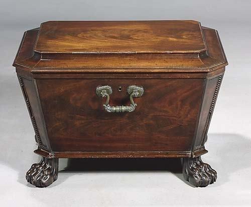 017: Regency carved mahogany cellaret circa 1830