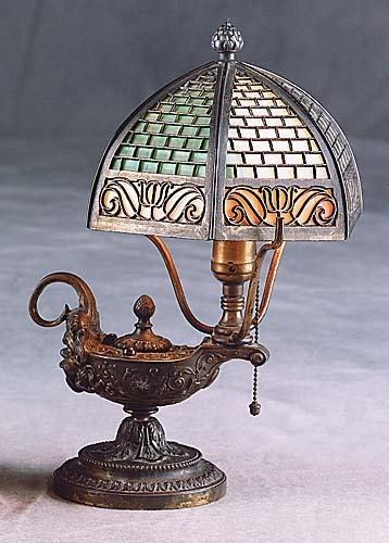 415: Art Nouveau table lamp Date:early 20th century
