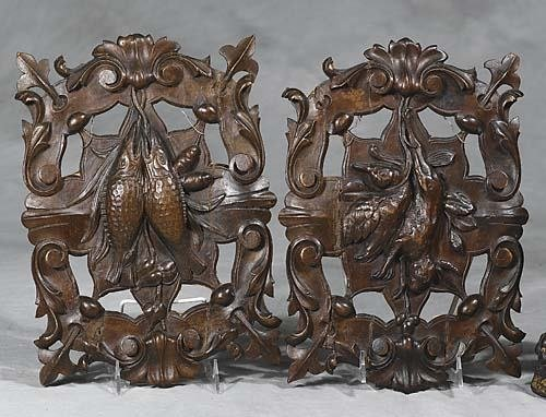 009: Two walnut carvings   late 19th century   each pie