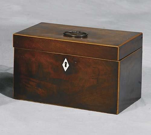 019: Georgian style inlaid mahogany tea caddy   19th ce