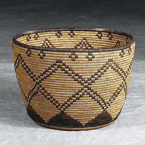 430: Native American Indian coil basket, Apachelate 19t