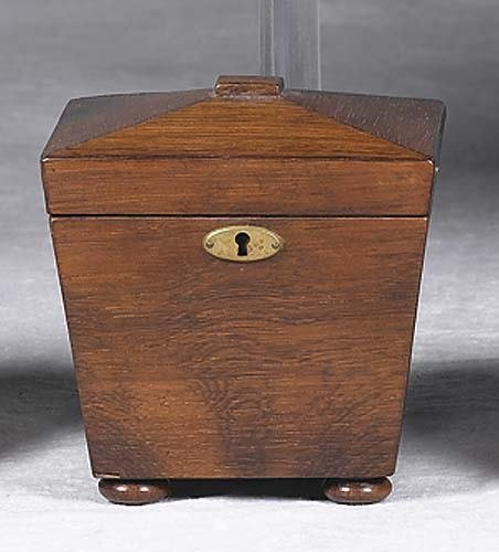 005: Rosewood tea caddy 19th century tapered shape rest