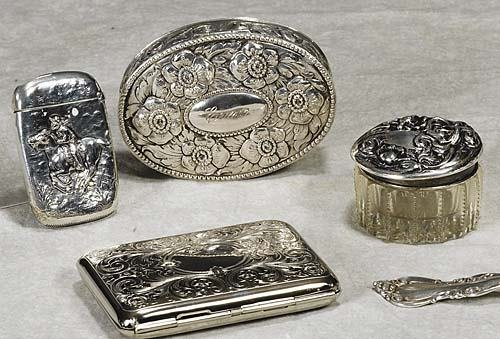 454: Six silver and plated boxes German silver oval for