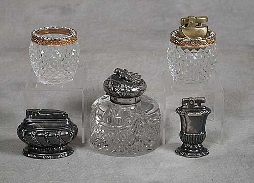 27: Inkwell and lighters, five pieces silverp