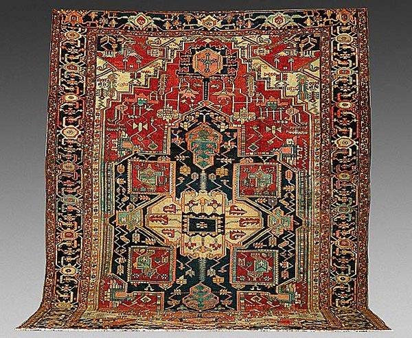 168: Antique Persian Serapi carpet  circa 188