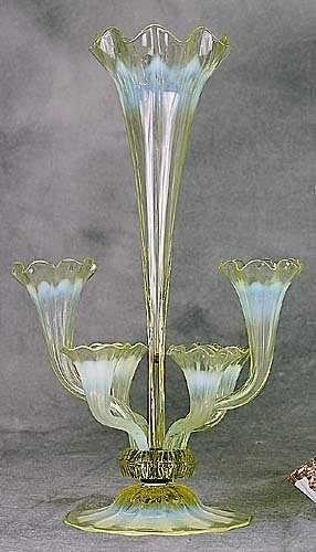 Victorian glass epergne late 19th centu