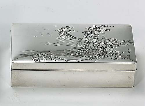 427: Japanese silver box with cover mid 20th