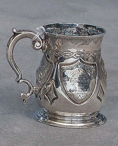 421: George II sterling silver tankard, Londo